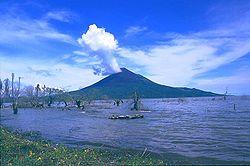 Volcán Momotombo en Nicaragua