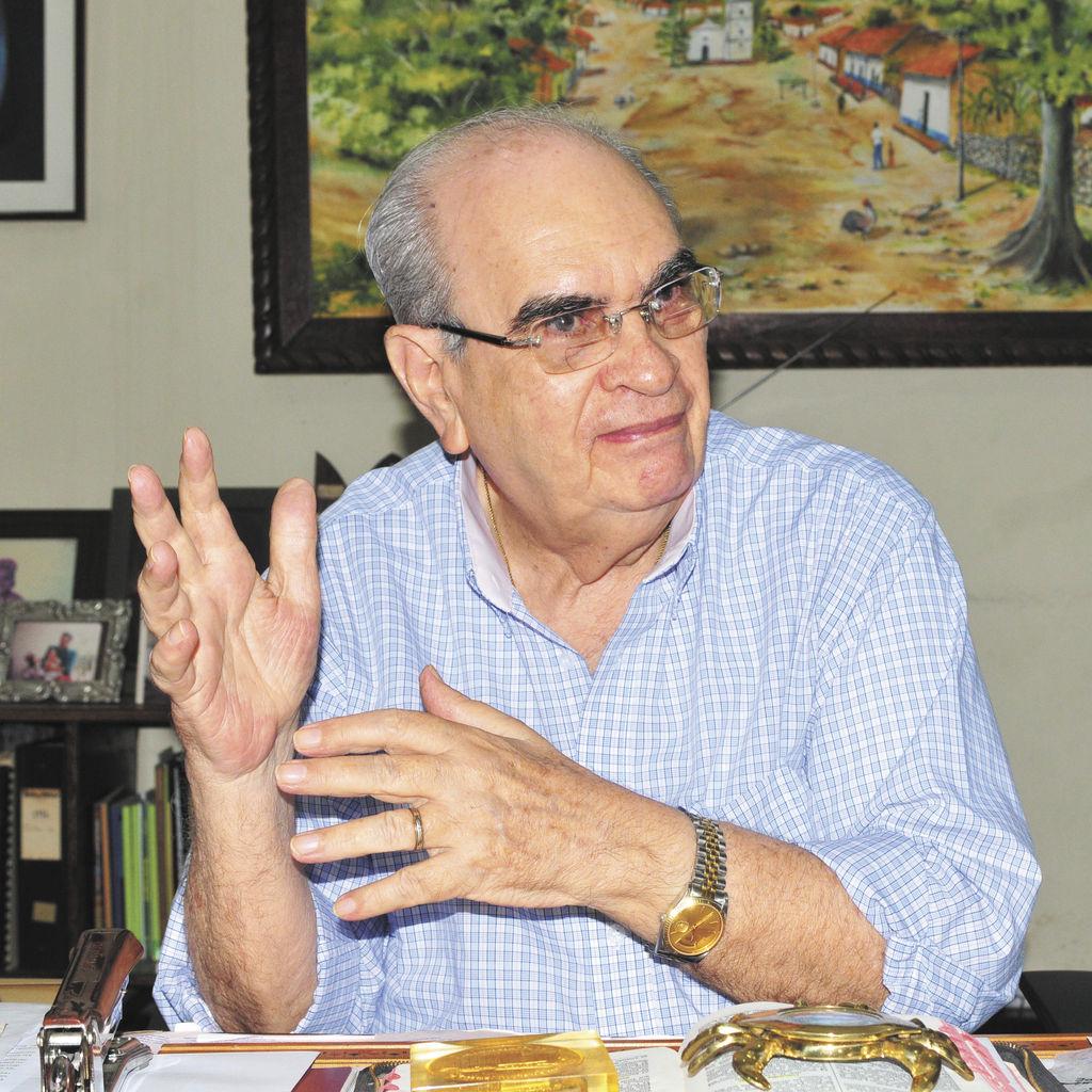 Fabio Gadea Mantilla Radio Corporacion