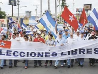 Marcha en demanda de elecciones libres/LA PRENSA