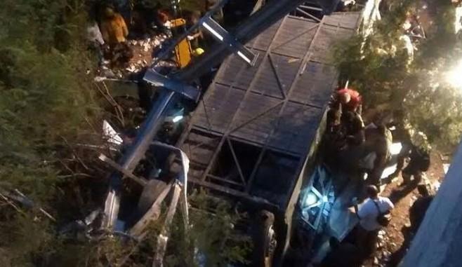 accidente,autobus,argentina,policias,muertos