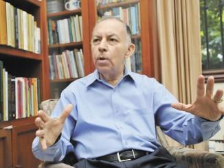 Carlos Tunermann, durante una entrevista para LA PRENSA, el miercoles 22 de diciembre, 2010.   GERMAN MIRANDA/LA PRENSA