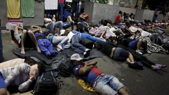 cubanos migrantes,pagan,coyotes,costa rica,