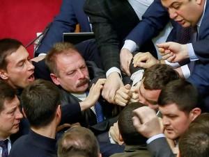 parlamento,ucrania,enfrentamientos,diputados,