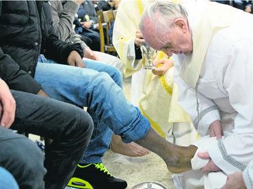 Papa Francisco,ley,lavado de pies