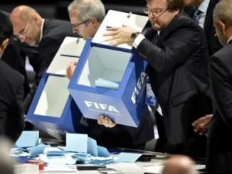 Imagen de las votaciones en la Fifa para escoger al nuevo presidente del organismo.