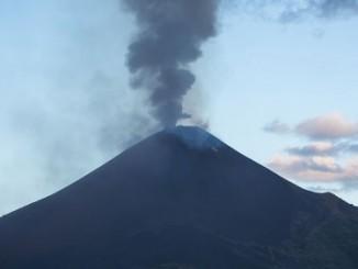 volcanes del país,observación,volcanólogos de estados unidos,actividad,microsismos