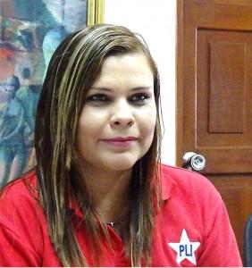 Javiera Estrada precandidata por Carazo