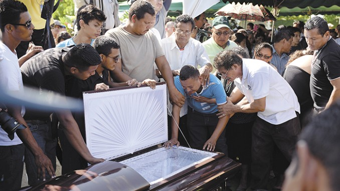 sobreviviente,las jaguitas,asesinato,niegan arreglo policial,indemnización,