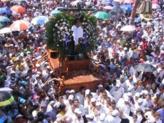 Viacrucis penitencial,Managua,viernes santo,cardenal Leopoldo Brenes,