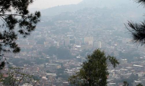 Capa de humo sobre Tegucigalpa contiene sustancias peligrosas