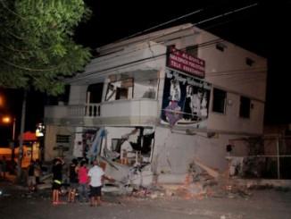 Terremoto,Ecuador,emergencia,235 muertos,