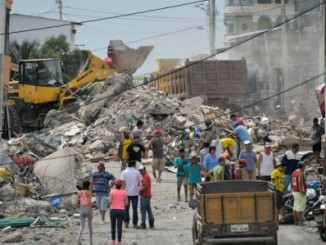 búsqueda,sobrevivientes,muertos,terremoto,ecuador,