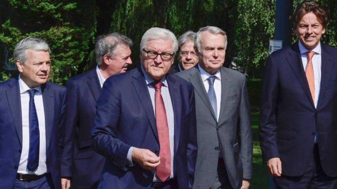 Unión Política Europea,Niveles,Salida