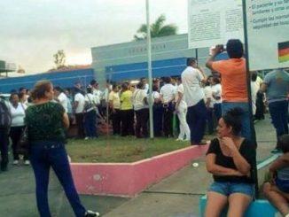 """Entrada principal Hospital Alemán Nicaragüense """"Karl Marx"""". Cortesía MRS"""