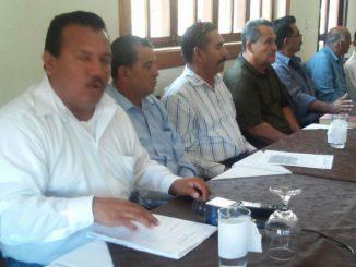 """Miembros del Movimiento Unidad Nacional Resistencia Nicaragüense, coordinado por Rafael Estrada Ocampo, """"Comandante David""""/ Foto: Alfredo Salinas M."""