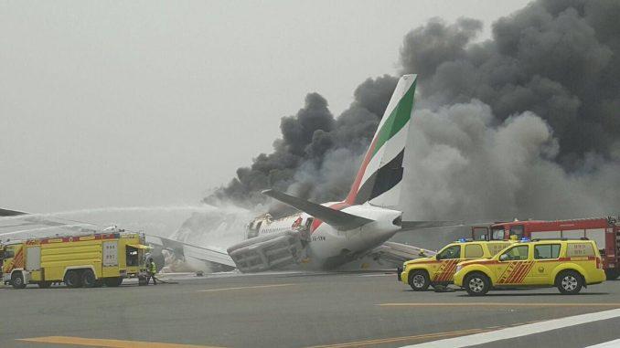 Dubai,incendio,Aterrizaje