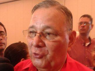 Pedro Reyes Vallejos, Presidente del PLI, designado por la Corte Suprema de Justicia.