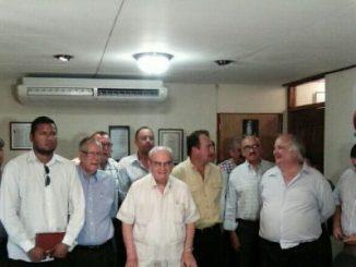 La Coalición Nacional por la Democracia,Fabio Gadea Mantilla,Dirigente Opositores
