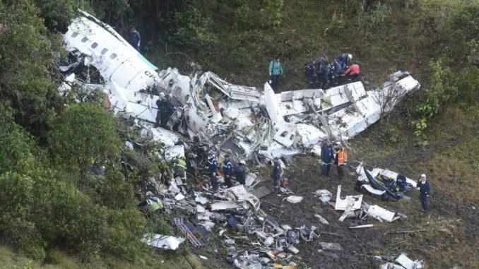 75 muertos,avión,caída,Colombia,