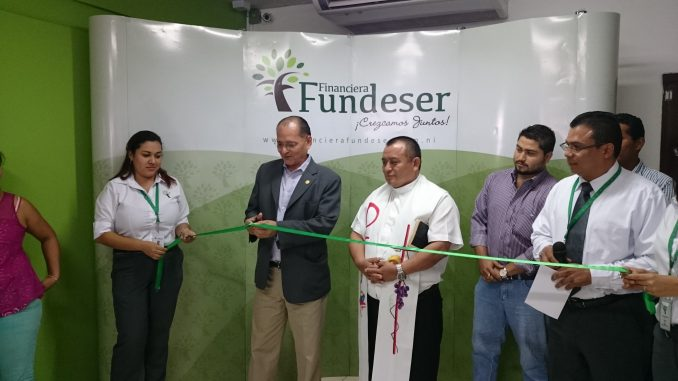 Rene Romero Financiera Fundeser