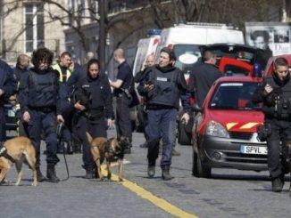 Paquete explosivo,FMI,París,