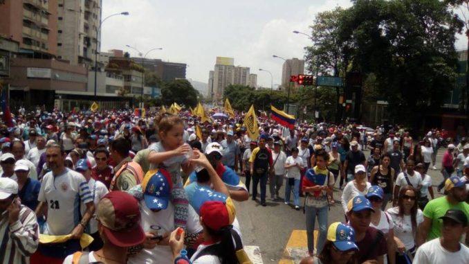 Venezolanos,calles,elecciones,