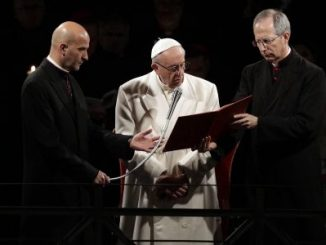 viacrucis,Papa Francisco,Coliseo romano,
