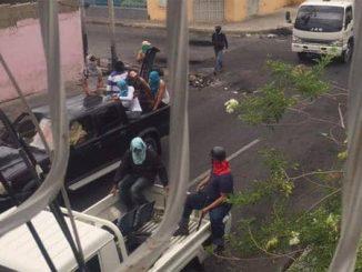 Colectivos-armados-asedian-Barquisimeto-2