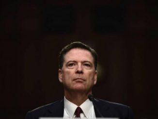 ex director del FBI,James Comey,