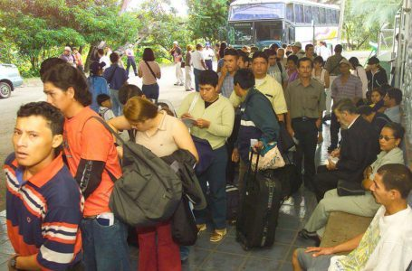 Nicaraguenses-emigran-Costa Rica