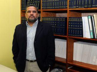 Gabriel Álvarez,Constitucionalista,