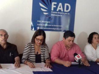 Miembros del Frente Amplio por la Democracia, FAD.