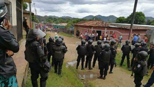 Marcha opositora en Jalapa reprimida
