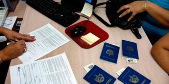 servicios-consulares-cubanos-728×378-685×342