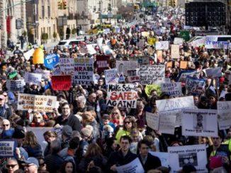 Multitudinarias marchas,Estados Unidos,