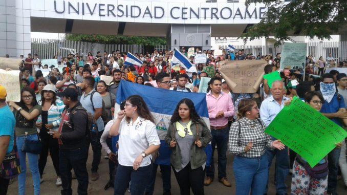 Estudisntes universitarios,marchas,Indio Maíz,