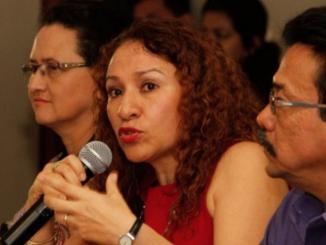 La Ministra de Salud, Sonia Castro ha sido cuestionada por negar la asistencia médica en hospitales públicos a los ciudadanos heridos por la represión policial y paramilitar.