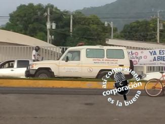 Dos ambulancias del Ministerio de Salud participaron del ataque al tranque de Ticuantepe