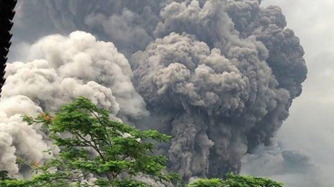 Volcán de Fuego,Guatemala,