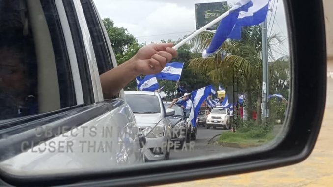 Caravana,barrios,Managua,
