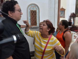 Ataques a sacerdotes