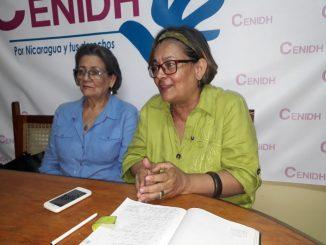 Aurora Leytón periodista de Radio Corporación