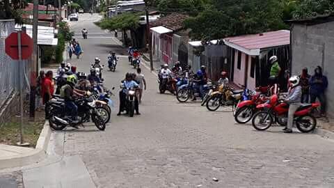Motorizados orteguistas en Somoto