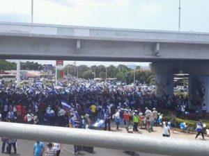 Marcha de los Globos,presos políticos,