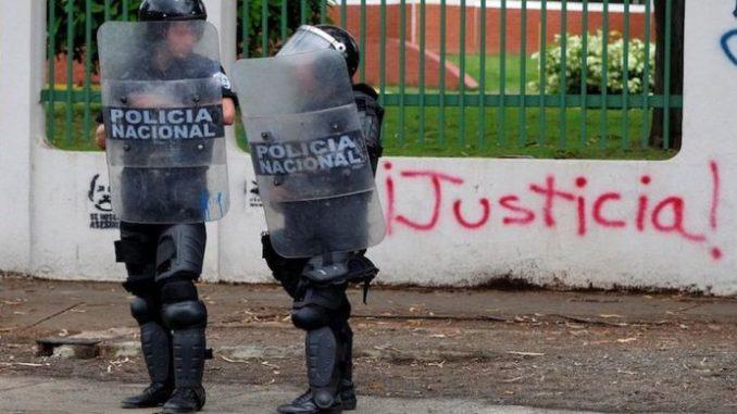 Vamos al Punto,Enrique Sáenz,dictaduras,