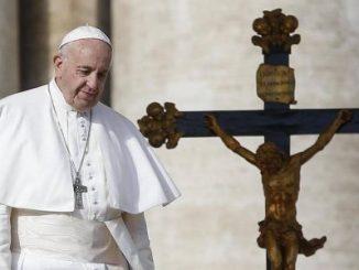 Papa Francisco,consumismo,