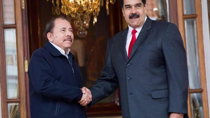 Dictadores de Nicaragua y Venezuela
