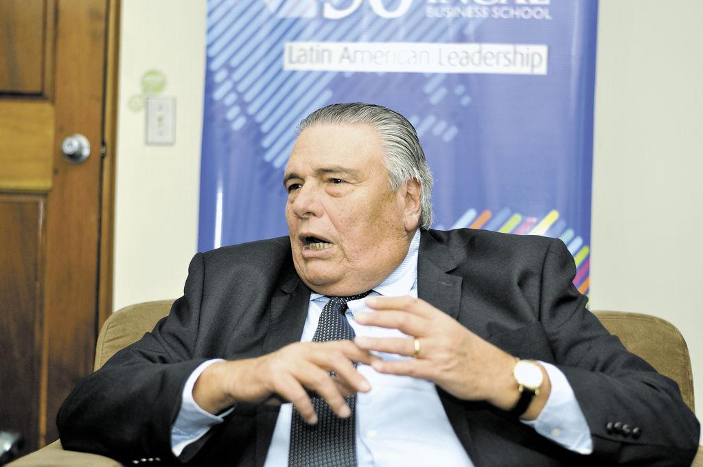 Juan B Sacaza