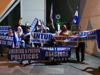 Nicas protestan en Guatemala