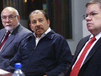 Ortega y José Adán